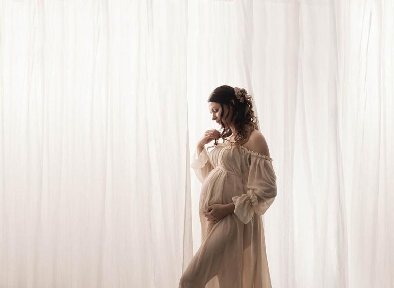 elegant vintage maternity photography Brisbane portrait studio