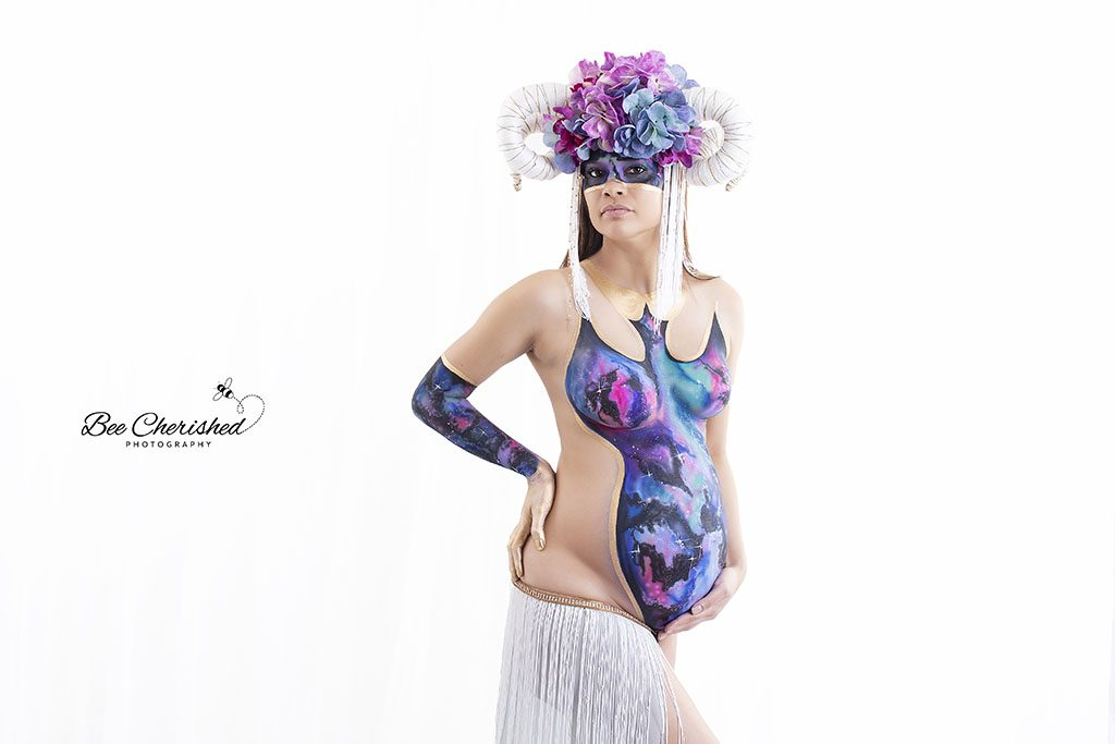 12 Unique Maternity Photography Ideas