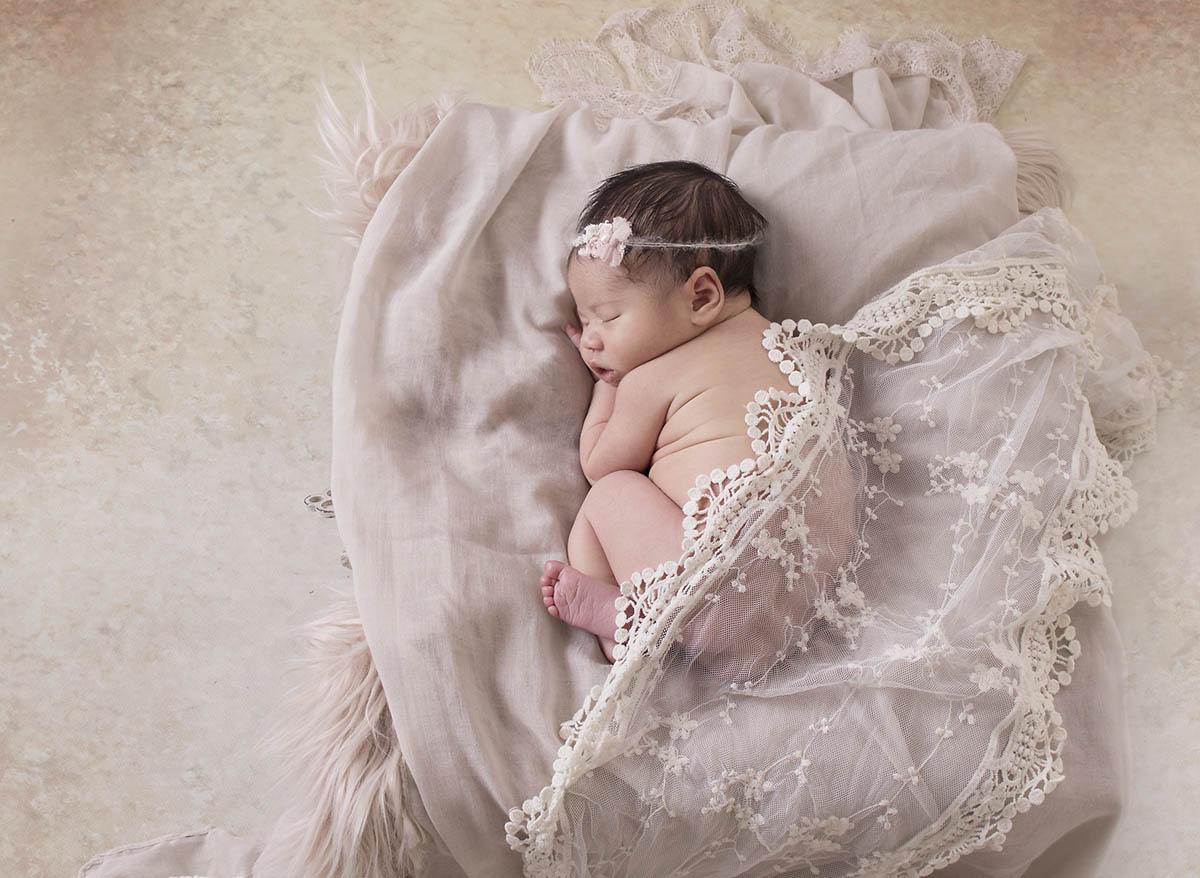 best newborn photography Brisbane Northside newborn studio