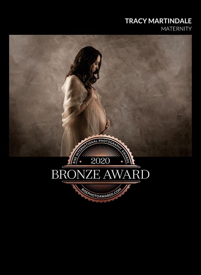 Elegant maternity photography Brisbane