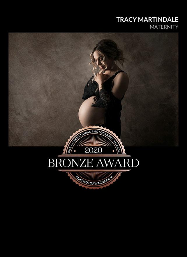 Timeless maternity photography Brisbane